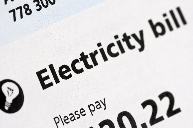 4 Ways to Save Money on Your Heating and Cooling Expenses