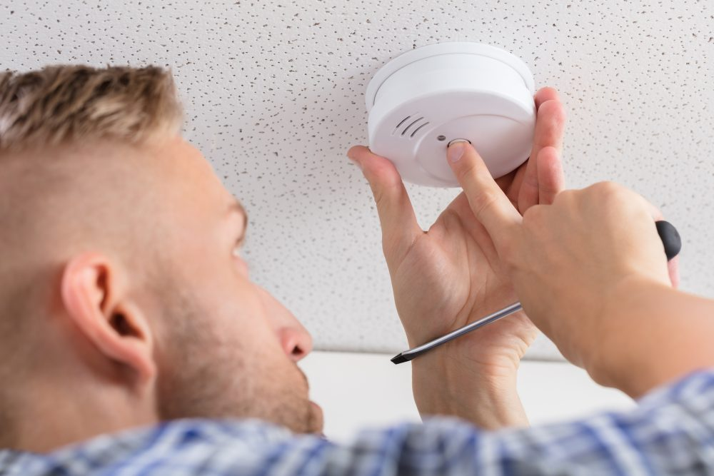 Staying Safe With The Right Carbon Monoxide Alarm