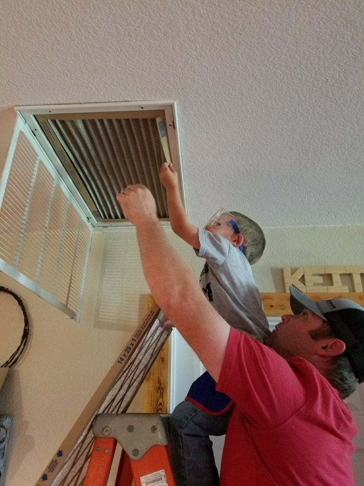 How To Conduct Monthly Maintenance Of Your Air Conditioner